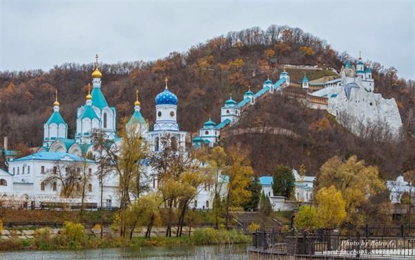 Экскурсия по Свято-Успенской Святогорской лавре: на что посмотреть?