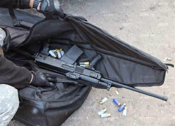 Некоторые жители Славянска до сих пор хранят у себя дома оружие, найденное на блокпостах