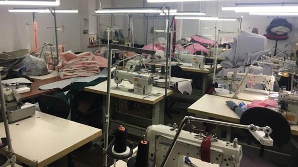 Проверяющие обнаружили в Славянске подпольный швейных цех