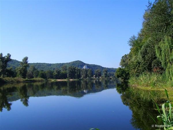 Бездонное и Банное озеро в Святогорске