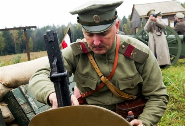 Во избежание массовых жертв, командир ополчения Донбасса Игорь Стрелков призывает население Славянска к эвакуации (Дополнено)