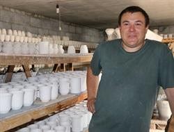 «Найголовніше ― мати сильну волю»: як шахтар з Донецька почав займатися керамічними виробами у Слов'янську