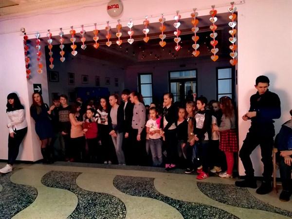 Во Дворце культуры Славянской ТЭС прошел квест ко Дню всех влюбленных