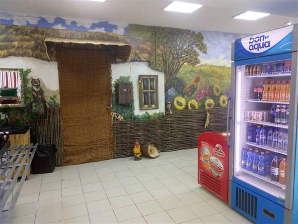 Смачна хата: как обновилась столовая в мэрии Славянска (в 8 фото)