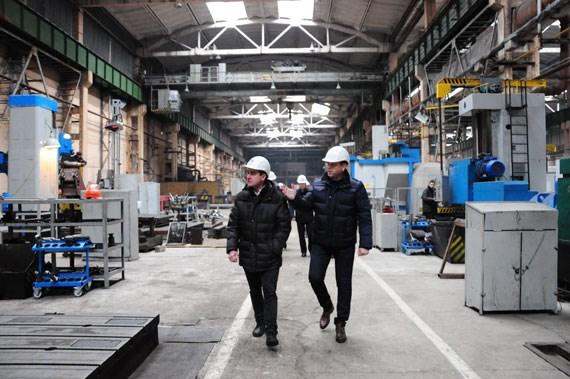 Первая ласточка из-за блокады железнодорожных  путей долетела до Славянского машиностроительного завода и лишила заказа на 3 миллиона