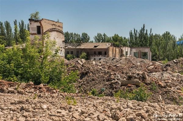 Развалины древних цивилизаций: как выглядит одно из старейших предприятий Славянска - арматурно-изоляторный завод