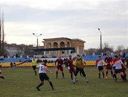В Славянске состоялись финальные футбольные игры за кубок губернатора