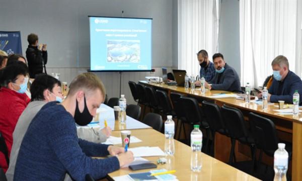 Новые пространства: дворы Славянска обещают осовременить