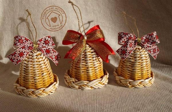 Плетеные сани из лозы, корзинки и новогодние колокольчики: 10 изделий, которыми удивляет жительница Славянска Юлия Горбатенко