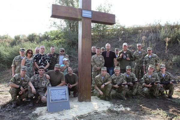 Памятник подешевле Славгород Лампадка из покостовского гранита Каховская