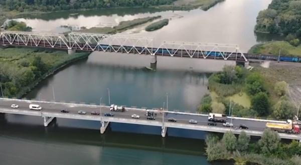 В Славянском районе подходят к концу ремонтные работы на мосту на трассе ТОЗ-15