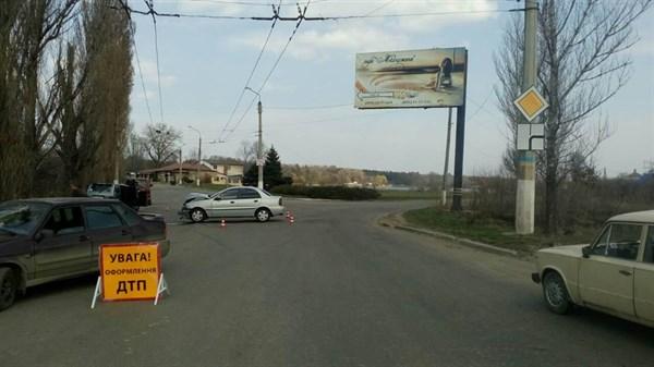 В результате аварии на кольце возле Славкурорта пострадало 6 человек (ФОТО)