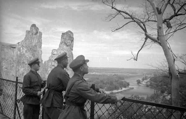 Опубликованы ретрофото Святогорской лавры 1939 года