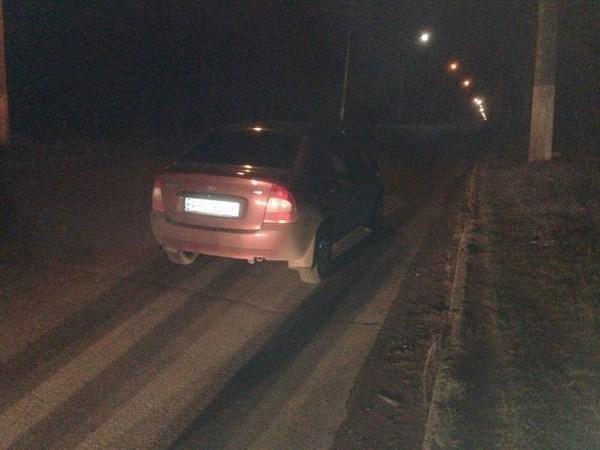 Столкновение с мопедом и наезд на женщину: дорожно-транспортные происшествия на дорогах Cлавянска