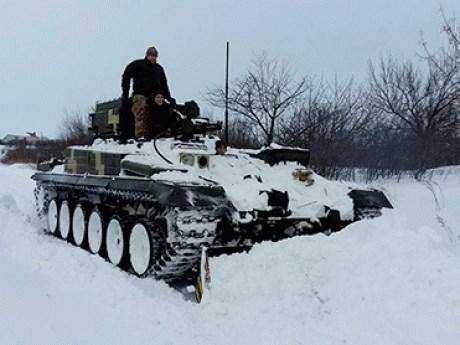 Председатель комитета микрорайона «Славкурорт» - о том, почему пересела на бронетехнику во время снегопада