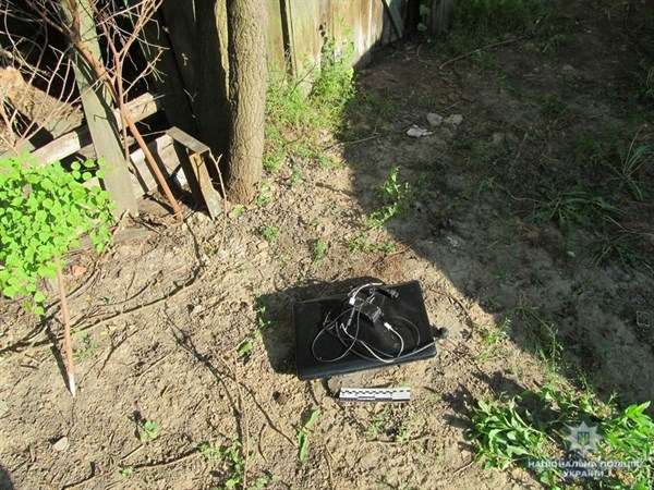 Полицейские задержали 17-летнего жителя Славянска, который обчистил дом своего друга