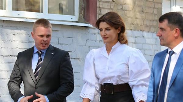 Визит Марины Порошенко в Славянск, который должен состояться 11 декабря, отменен