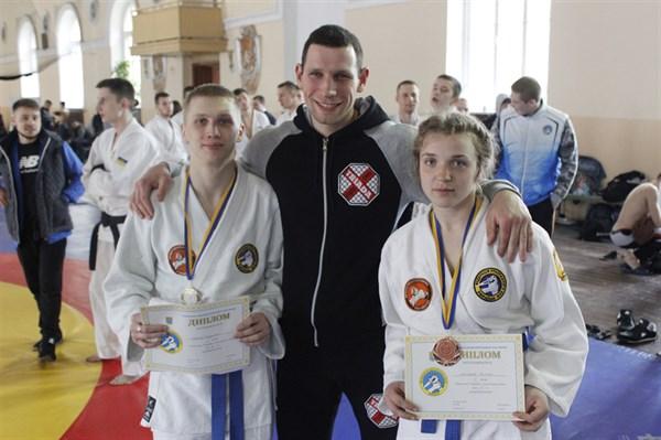 Славянские спортсмены открыли себе дорогу  на чемпионат Европы по рукопашному бою в Венгрию