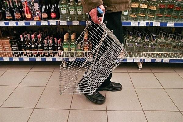 В Славянске сухой закон: после 20.00 продажа спиртных напитков запрещена