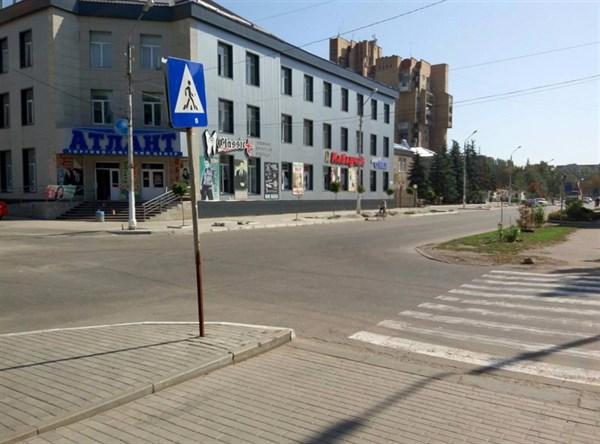 Жители Славянска интересуются, будет ли пешеходный переход через улицу Свободы