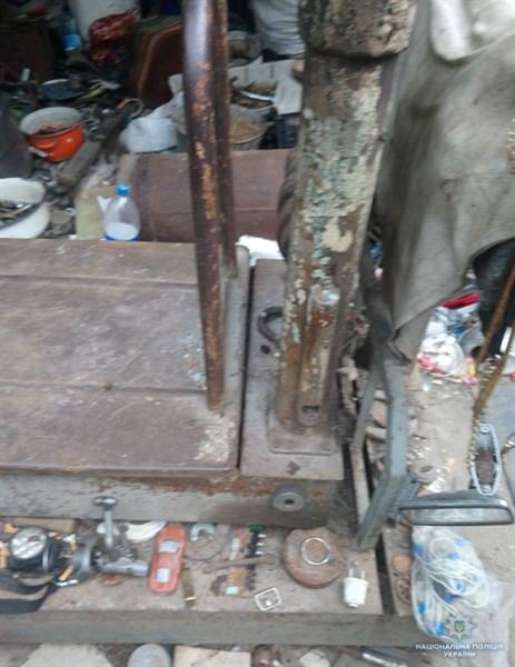 Полицейские прикрыли «металлоприемку» в микрорайоне Артема (ФОТО)