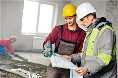 Кому поручить ремонт квартиры