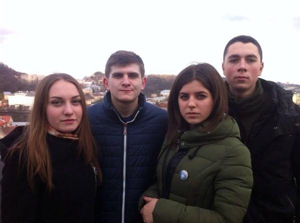 Каким он парнем был: друзья делятся воспоминаниями о жителе Славянска Романе Напрягло, убитом снайпером