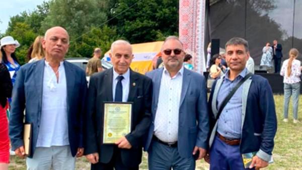 Почетный гражданин Славянска стал Международным послом мира