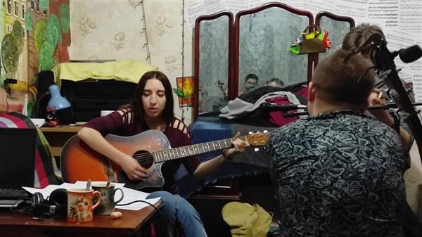 «Квартирник»: музыканты из Славянска запустили радио