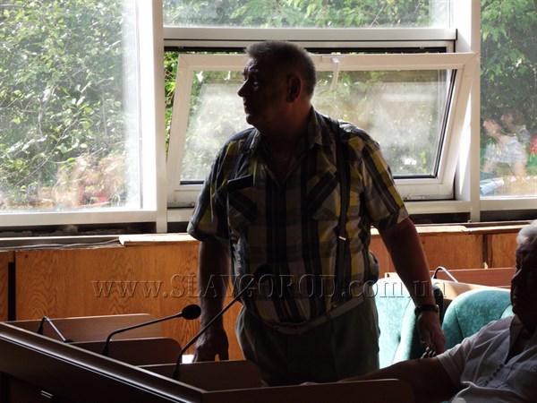 Депутат Славянского горсовета призвал власти вмешаться в ситуацию с «Торэластом»
