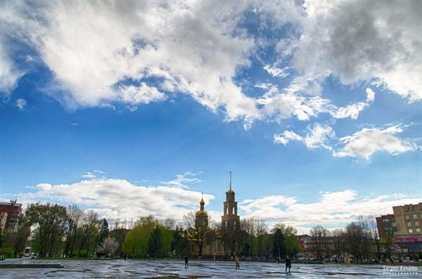 О чем говорил Славянск на этой неделе: кроссовки Королевской, «Межигорье» Кима,  освобождение из СИЗО Панасюка и воспоминания об оккупации города