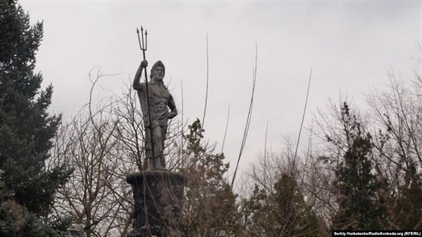 В Славянске разрушается лучший курорт Донбасса