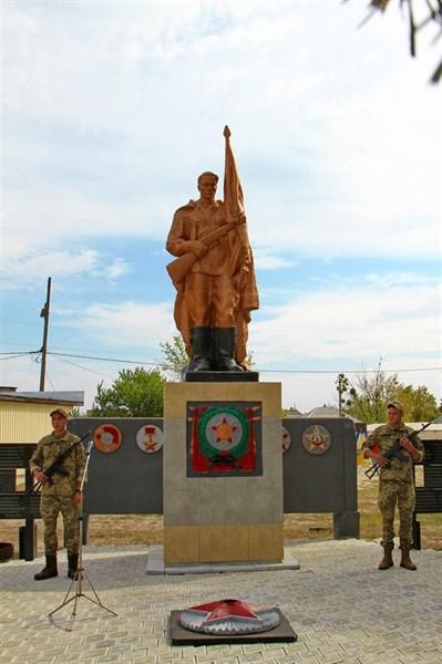 Донбасс отметил 75-ю годовщину освобождения региона