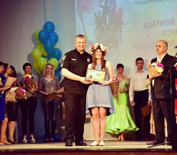 Таланты в полиции: жительница Славянска Александра Диброва мечтала стать хореографом, но выбрала путь розыскника