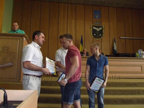 В Славянске наградили призеров чемпионата Европы по боевому самбо