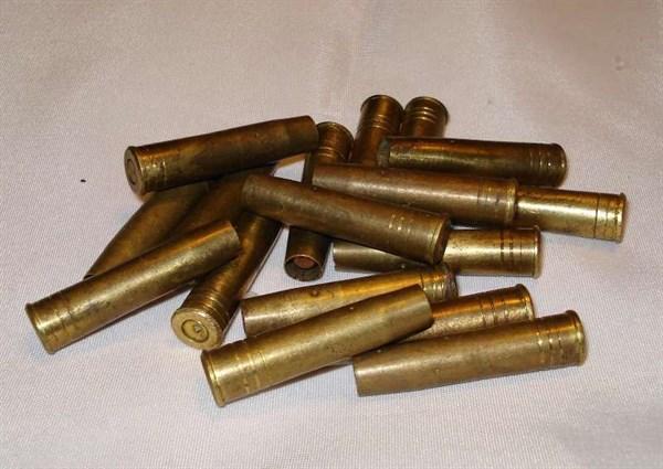 Возле АЗС в Славянске нашли мешок с патронами и гранатой