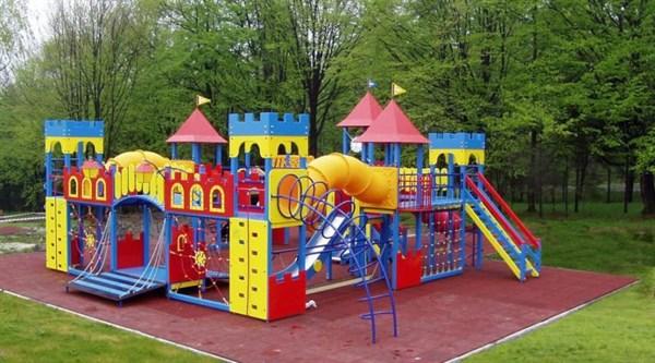 В Славянске предлагают построить спортивную площадку на Батюка