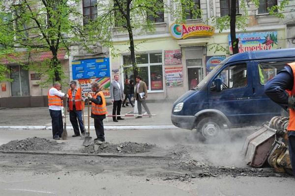 8 фактов из расследования о «Славдорстрое»: как и кем создавалась два года назад компания для ремонта дорог в Славянске, Краматорске и других городах
