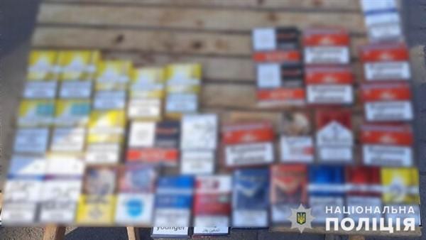 Полиция Славянска изъяла сотни пачек безакцизных сигарет