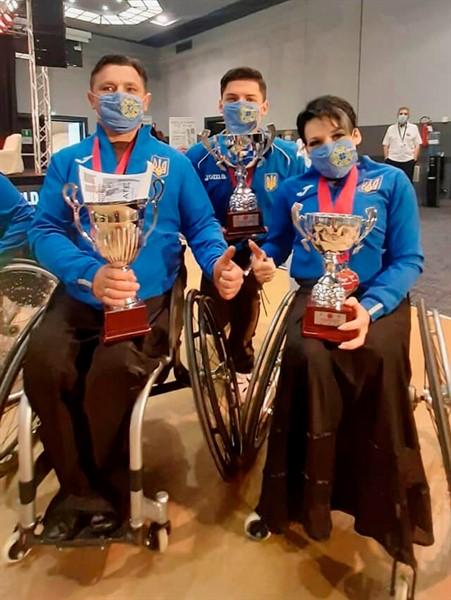 Танцоры на колясках из Славянска привезли с Кубка Мира 8 медалей