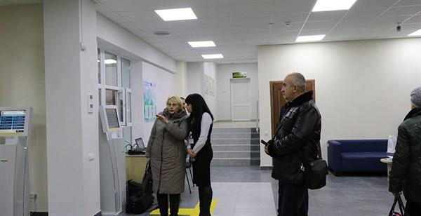 ЦНАП Славянска с 1 марта начинает полноценную работу по выдаче паспортов