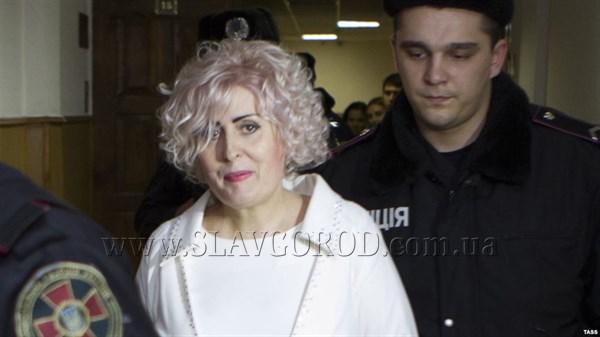 Неля Штепа – в интервью «Радио Свобода»: «Мой дом полностью разграбили. В моих платьях ходят жены боевиков»