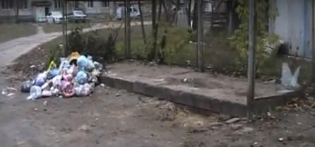 У Святогірську раптово зникли усі контейнери для збору сміття. Мешканці обурені: місто може перетворитися на суцільний смітник