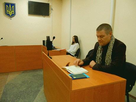 Экс-председатель Славянской РГА в суде пытается доказать, что Жебривский его уволил незаконно