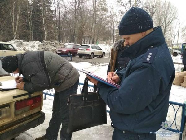 На вулиці Льва Толстого дільничні офіцери склали 7 протоколів за торгівлю з рук