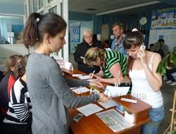 Чем чаще бомбежки, тем больше желающих покинуть Славянск: эвакуация жителей идет  полным ходом