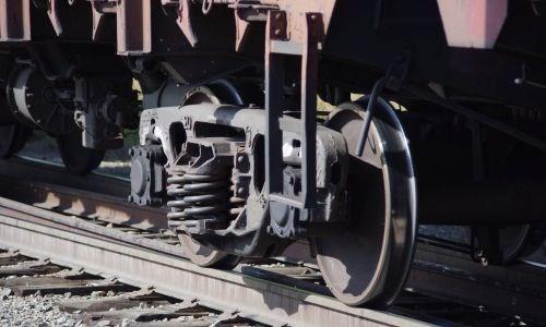 Травмирован 12-летний подросток из Славянска района: обходил поезд в неустановленном месте