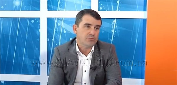 «Обещал дать волшебный пендель»: мэр Славянска пожаловался Жебривскому на подрядчика, который не приступил к капремонту дороги