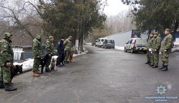 В область прибыли 9 полицейских-кинологов со служебными собаками, а в Славянске могут создать кинологический центр