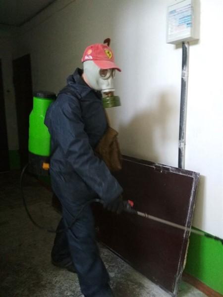 У Слов'янську провели дезинфекцію будинків. Ось адреси